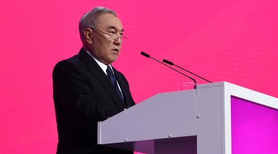 Назарбаев: Я мог выставить свою кандидатуру со 100% уверенностью, что меня изберут