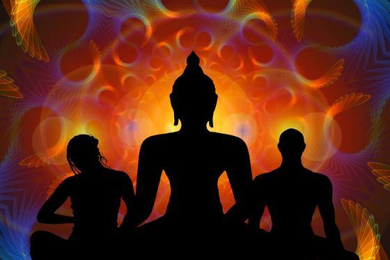 Силуэты пары и Будды (фантазия)