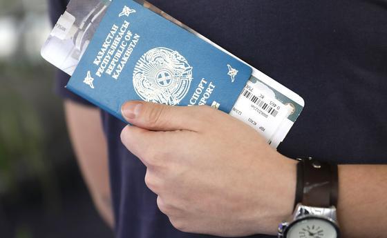 Казахстанцев просят отменить полеты в Италию, Корею, Таиланд и США и сдать билеты