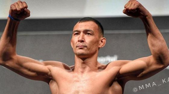 Дамир Исмагулов одержал вторую победу в UFC