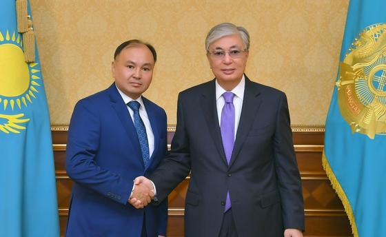 Президент Ерлан Қарин мен Мұхтар Тайжанды қабылдады