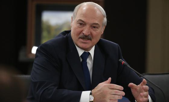 Лукашенко заявил, что в Беларуси нет смертей от коронавируса, его высмеяла Канделаки (видео)