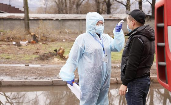 125 млн теңге жұмсалған: Алматы полициясы 500 костюмге қатысты пікір бірдірді