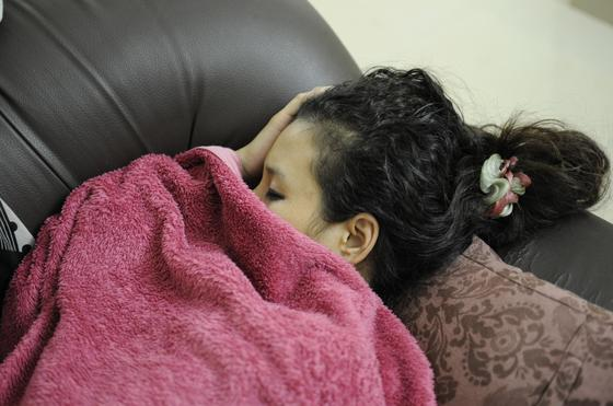 Школьницу нашли мертвой в постели в Алматинской области