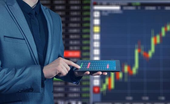 Казахстану предрекли кризис и призвали Нацбанк принять меры в Moody's