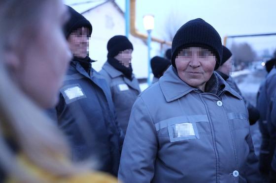 Она заказала убийство: нанявшая киллера женщина ставит невероятно красивые номера в колонии Алматинской области