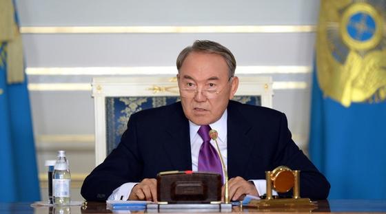Президент өкілеттілігі: Конституциялық кеңес Назарбаевтың өтінішін қарайды