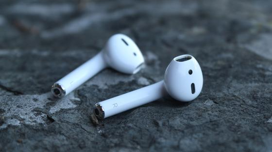 Наушники Apple AirPods взорвались в ушах у жителя Китая