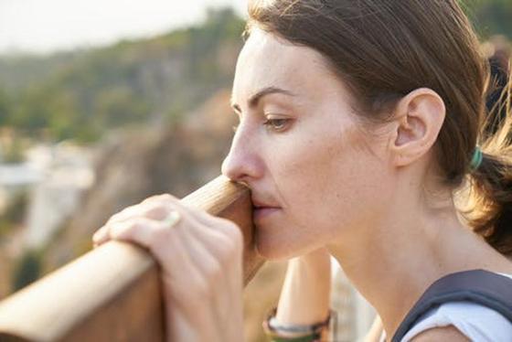 Послеродовая депрессия: что это и как с ней справиться