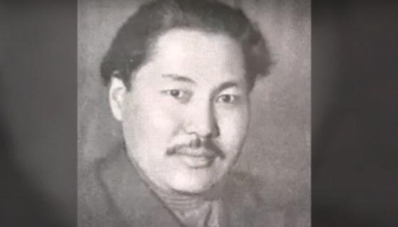 Сабит Муканов в молодости