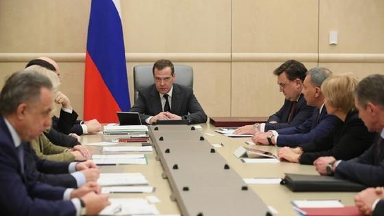 Правительство России ушло в отставку
