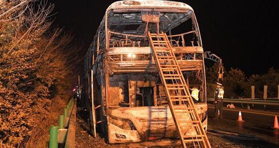 Жертвами ДТП с участием туристического автобуса в Китае стали 26 человек