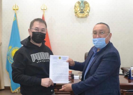 Вручение документа в Туркестане