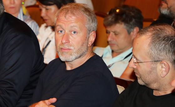 СМИ: Абрамович приобрел самую дорогую виллу в Израиле за 26,4 млрд тенге