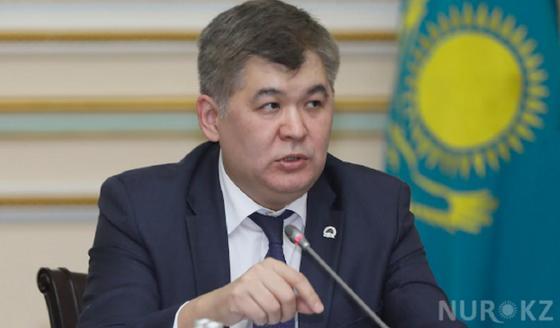 Биртанов посоветовал пожилым казахстанцам сидеть дома