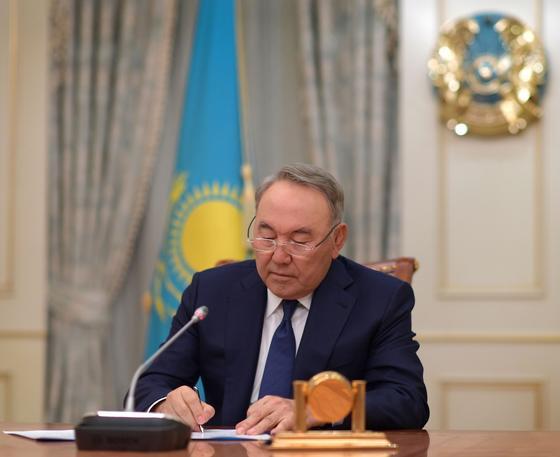 Назарбаев выразил соболезнования семье академика Кенжегали Сагадиева