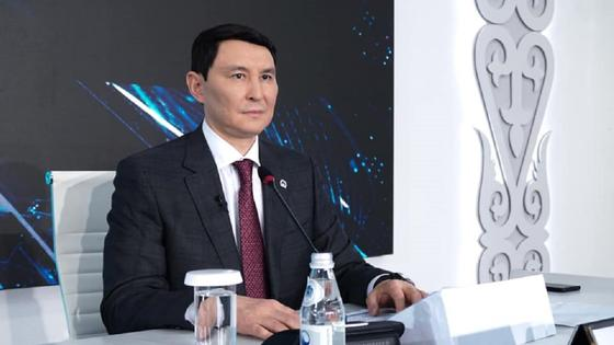Глава Минфина Ерулан Жамаубаев ушел на карантин