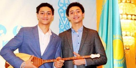 05.04 Арабы из Каира выучили казахский и научились играть на домбре