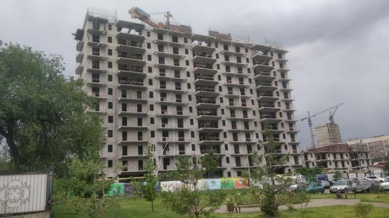 Рабочий погиб на стройке в Алматы (фото)