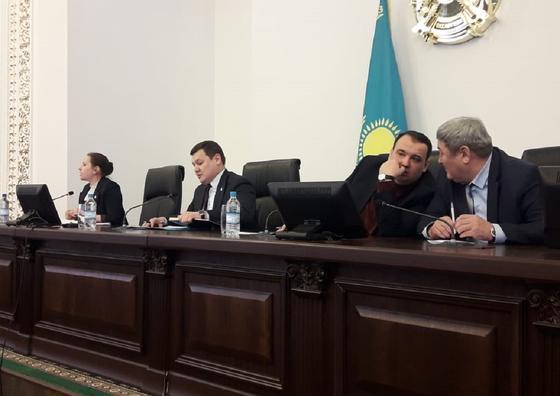 Две коллегии с участием Булата Бакауова отменили в Павлодаре