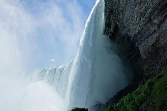 Ниагарский водопад: фото, где находится, интересные факты