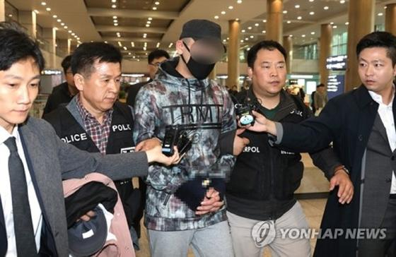 Казахстанца, сбившего ребенка в Корее, осудили на 2,5 года