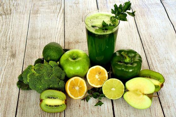Фрукты и овощи зеленого цвета