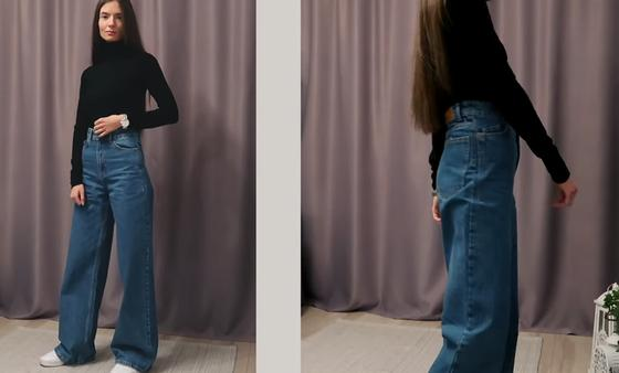 Модный образ с широкими джинсами и водолазкой