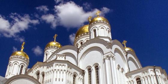Вооруженный мужчина ограбил церковную лавку в Алматинской области