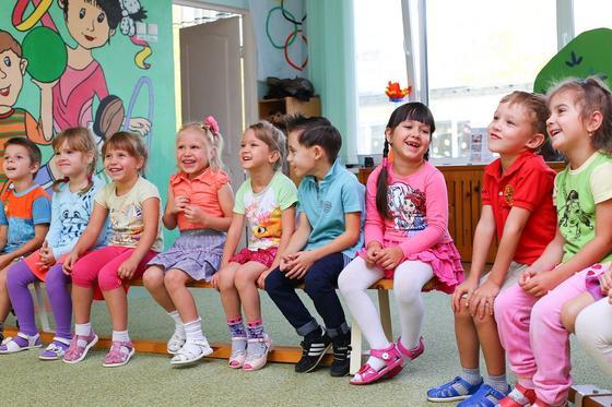 Почему детские сады не закроют, рассказал Биртанов