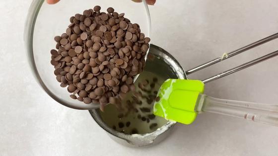 Добавление шоколада