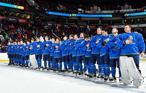 Сборная Казахстана по хоккею одержала разгромную победу над Данией (фото, видео)