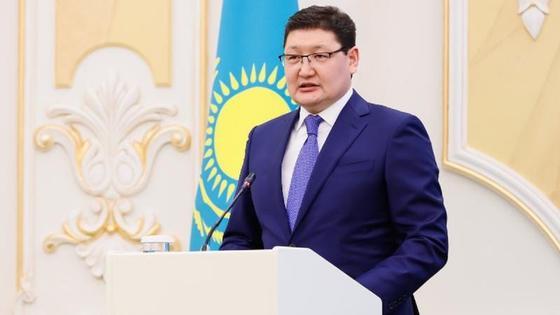 Зараженный коронавирусом пресс-секретарь Токаева рассказал о своем состоянии
