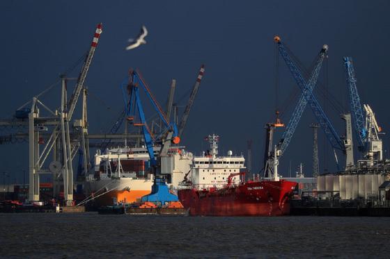 Цены на нефть растут после заседания ОПЕК