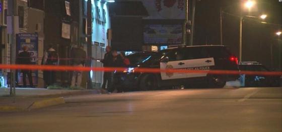 Четверо человек погибло в результате стрельбы в баре в Канзасе