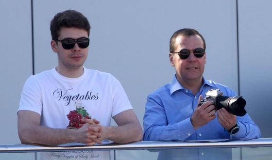 СМИ вычислили возлюбленную сына Дмитрия Медведева через соцсети