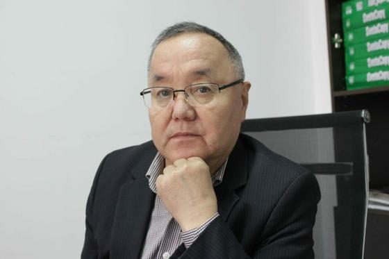 Журналист Жолдасбек Дуанабай