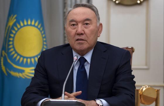 Назарбаев выразил соболезнования родным и близким, умерших от коронавируса