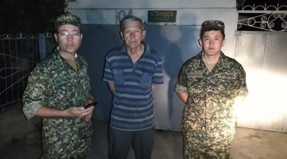 Взрывы в Арыси: мужчина отказался покидать дом, расположенные возле зоны ЧП