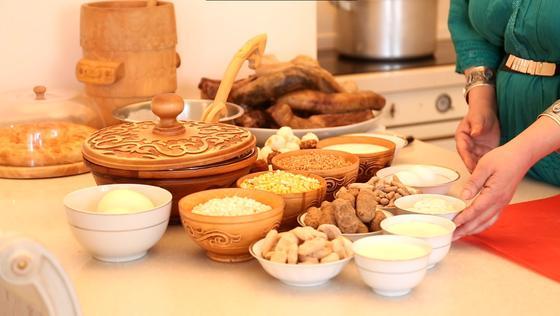 Ингредиенты к супу на столе