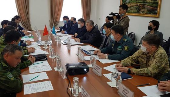 Совещание представителей Казахстана и Кыргызстана