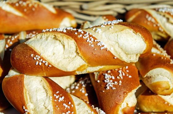 Нацбанк спрогнозировал рост цен на мясо и хлеб
