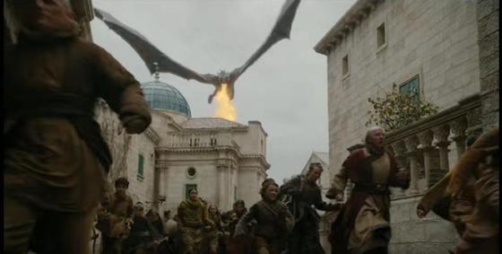 «Игра престолов» 8 сезон 5 серия: безумство Дейенерис