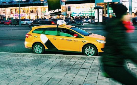 """Водитель """"Яндекс.Такси"""" попросил его арестовать за нарушение в Павлодаре"""