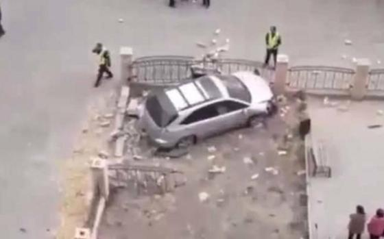 Водитель Lexus умер за рулем и совершил ДТП в Семее