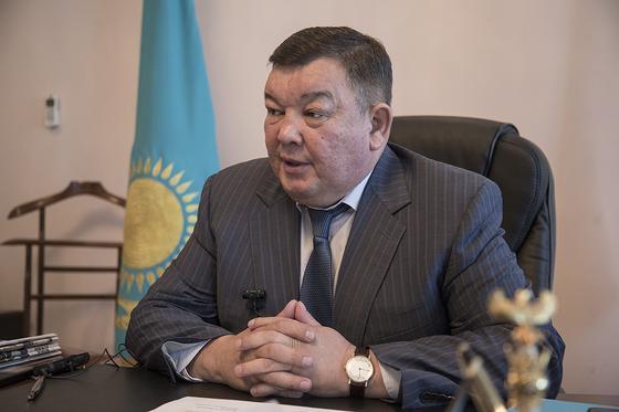 Багдат Манзоров покинул пост замакима Алматинской области