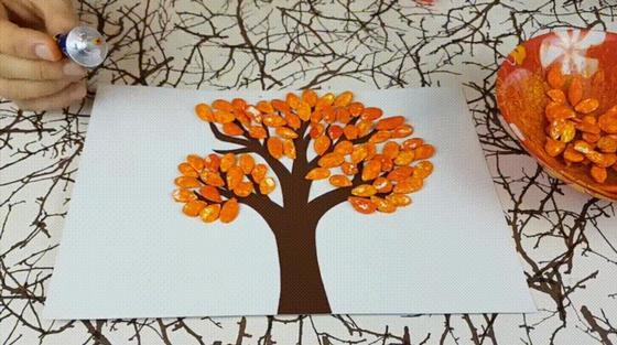 Поделки на тему «Осень»: дерево из тыквенных семечек