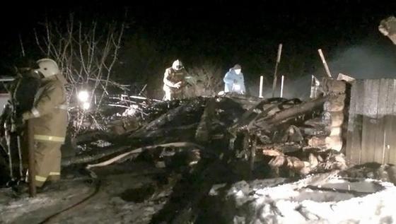 В Орске семь человек сгорели в новогоднюю ночь из-за короткого замыкания