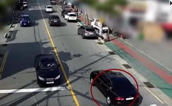 Қазақстан азаматының Оңтүстік Кореяда баланы қаққан видеосы пайда болды