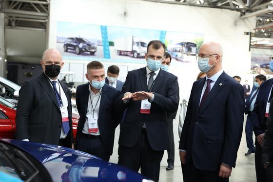 состоялся старт совместного производства автомобилей LADA